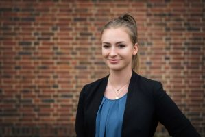 Lena Siegel - Verwaltung u Controlling